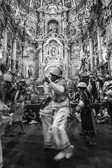 Jacchigua celebra pase del Nio de Isinche 04 (pol.davila) Tags: street ballet navidad calle quito ecuador danza desfile grupo nio baile cultura pase tradicin jacchigua folcloroco