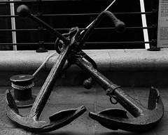 IMG_7688 (danakhoudari) Tags: anchor noir noiretblanc blanc canon canon7d london mood moody scenery perspective love