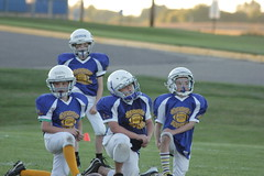 1254 (bubbaonthenet) Tags: 09292016 game stma community 4th grade youth football team 2 5 education tackle 4 blue vs 3 gold
