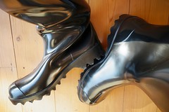 Nora archive (essex_mud_explorer) Tags: nora dolomite dolomit noradolomite noradolomit wellies wellingtons wellington welly wellingtonboots boots gummistiefel gumboots rainboots rainwear bottes