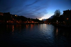 IMG_1325 (AndyMc87) Tags: sunset amsterdam gracht clouds silhouette lights reflection street latern romantic canon eos 6d 2470 amstel rokin halvemaansbrug munttoren