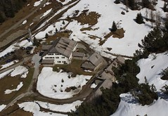 Sonnblickbasis von oben (bergfroosch) Tags: rauris kolmsaigurn panoramio483713643678433
