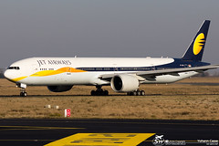 Boeing 777-35R(ER) Jet Airways VT-JES (CDG) (Yohann CASSE) Tags: spotting spotteur aeroport airport charlesdegaulle cdg jetairways boeing b777