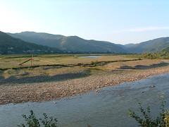 A Nagy-ág völgye (ossian71) Tags: ukrajna ukraine kárpátalja kárpátok carpathians vízpart water folyó river tájkép landscape természet nature hegy mountain