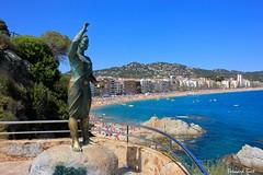 La Dona Marinera (Bernard Bost) Tags: 2016 canon espagne espanya spain catalogne catalunya catalonia lloretdemar plage beach mer sea mditerrane mediterranean statue