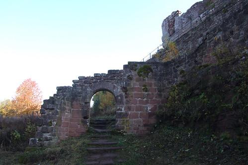 Entrance of Wegelnburg, 01.11.2011.