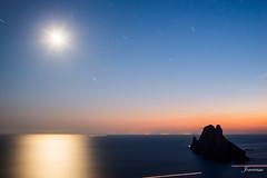 No me ralles.... (Joseeivissa) Tags: noche nikon long paisaje ibiza cap sa es eivissa galera nit exposicion d800 vedra laandscape vedranell llentrisca joseeivissa joseeivissafotosgmailcom