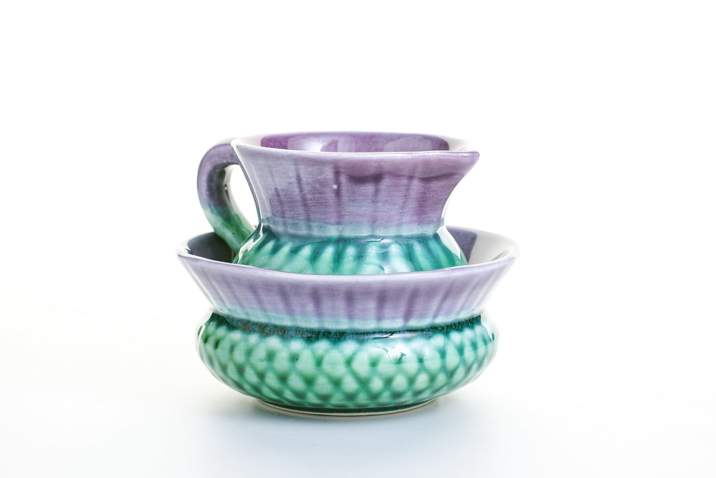 Sid Sharpe - Campsie ware Thistle Jug and bowl