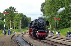 VSM 52 8139 te Loenen (Allard Bezoen) Tags: station br engine steam tnt veluwe naar 52 terug toen mij loenen 2015 stoomtrein vsm dampfzug baureihe 8139 maatschappij kriegslok veluwse