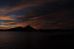 DSC_4103 Puesta de sol en Sant Elm (David Barrio Lpez) Tags: sunset espaa clouds landscape atardecer mar spain nikon paisaje nubes puestadesol mallorca mediterrneo baleares dragonera illesbalears santelm d90 nikond90 davidbarrio davidbarriolpez