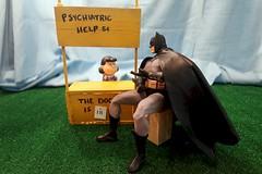 Lucy - Why Can't I Fly? (MayorPaprika) Tags: set booth lucy peanuts batman 16 custom psychiatric dcdirect canonrebelt6i