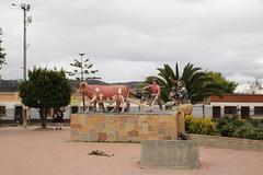 "Esculturas en el pueblo de Tota • <a style=""font-size:0.8em;"" href=""http://www.flickr.com/photos/78328875@N05/23767429506/"" target=""_blank"">View on Flickr</a>"