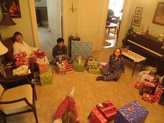 Christmas Morning 2015 (1) (R Hennessy) Tags: david caitlin susan spaniel jenica