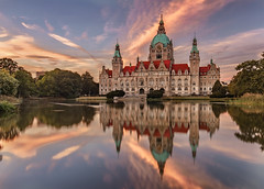 Sunset Reflections (Achim Thomae) Tags: hannover rathaus sunset thomae achimthomae reflection spiegelung deutschland germany