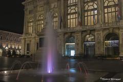 (IlPoliedrico) Tags: torino turin cittaditorino italy night lights luci fountain piazzacastello palazzomadama