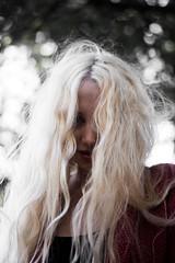 Nixia (Gonzalo Vizcaino) Tags: girl portraits makeportraits portrait mendoza argentina art fashion women indie nikon teamnikon blonde outdoors