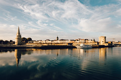 300/366 (romainjacques17) Tags: canon 6d 365project 365 project365 picoftheday larochelle france ef1635mmf4 24mm sea reflection cityscape