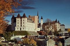 Pau Castle (Jacques Borruel) Tags: castle chateau king roidefrance kingdom urban landscape city histoire historique ancient monument
