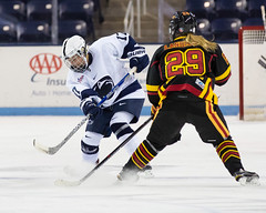 Penn State Women's Ice Hockey vs. University of Guelph (Tap5140) Tags: college sports canon guelph icehockey pennstate statecollege ncaa hockeyvalley pegula