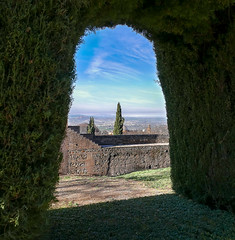 Generalife view (Iris v L) Tags: gardens architecture spain andalucia unesco worldheritagesite alhambra granada generalife