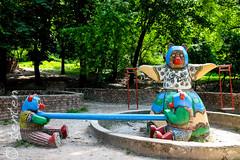 Lviv misha misha and mum on playground (Carsten Bartmann) Tags: bear oslo oso lviv ukraine mischa misha lvov br ukraina ukrajina  ucraina lemberg    ucrnia  ukrayna  ucrana       welwowie