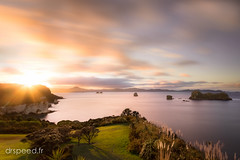 Cathedral Cove DRI10 050715-5-Modifier (dr speed) Tags: new sunset sunrise canon pose landscape cove ngc zealand nz 7d paysages coromandel cathdral longue nd400 oceanie drspeed drspeedfr