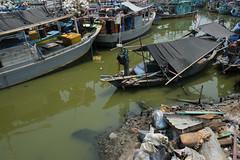 (relan's terraces) Tags: city urban singapore jakarta kapal pluit greenbaypluit