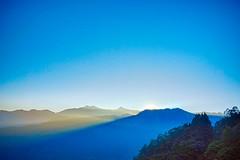 2015-10-25 06.32.02 (pang yu liu) Tags: travel sunrise twilight 10 oct 阿里山 旅遊 alishan 日出 2015 十月 暮光