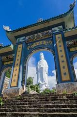 Da Nang, Vietnam (Bolin27) Tags: travel statue asia arch pentax buddha religion vietnam archway danang k5 ladybuddha bodhisattvaofmercy