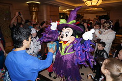 """Minnie Mouse at Mickey's Mouse-querade Party • <a style=""""font-size:0.8em;"""" href=""""http://www.flickr.com/photos/28558260@N04/23032864016/"""" target=""""_blank"""">View on Flickr</a>"""
