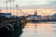 Pont Saint Esprit entre Noël et le jour de l'An (alǝxH3o) Tags: dsc04614colmrtmxwm sunset river france europe bayonne paysbasque aquitaine cityscape cathedral dsc046614co dsc046614colmrtmx watermarked sonya7 sonya7m2 vabod vabo sonya7ii ilce7m2 minoltaaf35105mmf3545 beercan