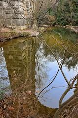 Reflet sur l'Arc (Charlottess) Tags: france reflection january paca reflet janvier aqueduc bouchesdurhne provencealpesctedazur roquefavour