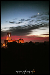 Sunup (Krueger_Martin) Tags: sky berlin rot red ullsteinhaus tempelhof clouds mond moon 40mm canoneos5dmarkii canoneos5dmark2 canonef40mmf28stm hdr festbrennweite primelense offenblende photomatix colorful bunt farbig sunrise sonnenaufgang morgengrauen city stadt urban