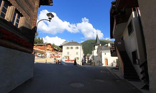 Place de la Marmotte.