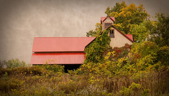 Barn in the Fall - Ithaca (agladshtein) Tags: colors sony2470mmf28g cny landscape season nature newyork fall ny trees centralnewyork tompkinscounty tremanstatepark waterfall gorges forest scenic sonya7r2 outdoors luciferfalls traveldestination beautyinnature hiking ithaca sunrise dawn