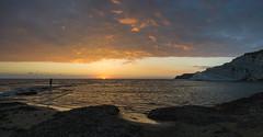 Scala dei Turchi - AG (masowar (often off, sorry!!)) Tags: italia italy italie sicilia sicily agrigento scaladeiturchi panorama pano nikkor nikond800 tramonto sunset seascape sea spiaggia colors colori ©massimilianoacquisti massimilianoa masowar massimilianoacquisti