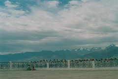 (rqlevy) Tags: nikon nikkormat ftn 35mm kodak ultima100 expired film mydadscamera analog shantistupa leh ladakh india mountains summer travel