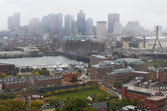 Boston - Skyline in sleet (Michael.Kemper) Tags: voyage new england usa monument rain boston skyline america canon river eos is cityscape massachusetts united hill von charles bunker charlestown states usm traveling amerika efs f28 regen reise 30d sleet 1755 neuengland staaten schneeregen vereinigte flus canoneos30d canonefs1755f28isusm