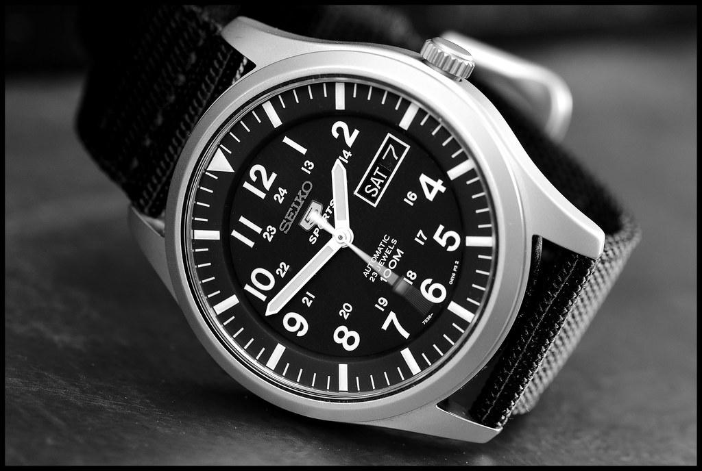 0b8afa401f6 Seiko. (ikerr) Tags  white black sports nikon mechanical 5 watch automatic  60mm
