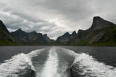 (giuli@) Tags: mountains color colour norway digital montagne islands colore granite lofoten norvegia granito isole giuliarossaphoto noawardsplease nolargebannersplease reinefjorden fujinonxf18mmf2r fujifilmxe1