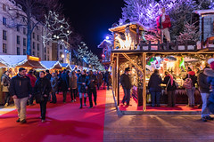 Beautiful Christmas atmosphere in Brussels, Belgium (George Pachantouris) Tags: christmas brussels holiday season belgium market eruope markt grote