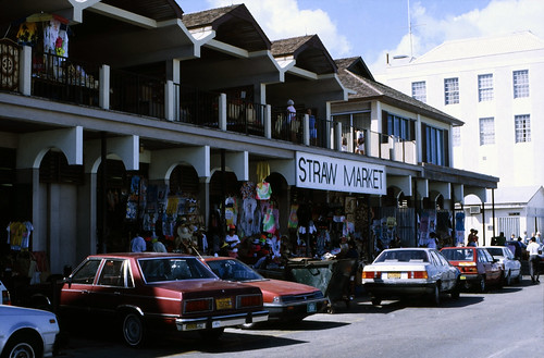 "Bahamas 1988 (169) New Providence: Straw Market, Nassau • <a style=""font-size:0.8em;"" href=""http://www.flickr.com/photos/69570948@N04/23723385186/"" target=""_blank"">View on Flickr</a>"