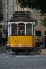 DSC_5158.jpg (fdc!) Tags: europe factueldescriptif geographique lisbonne lisbonne2012 moyendetransport occident portugal tramway transport transportscollectifs transportsencommun vehicule voyages fdc2012
