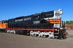 Black widow in sliver slippers (Moffat Road) Tags: southernpacific sp emd sd9 5399 4364 blackwidow llw georgelavacot albanyandeastern aerc sd9e lebanon oregon train railroad locomotive or