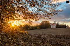 Golden October (Tobias Neubert Photography) Tags: sonnenuntergang sunset pchersreuth ilsenbach stquirin kirche church feld field sonne sun sonnenstrahlen sunrays hdr herbst autumn landschaft landscape oberpfalz upperpalatinate bayern bavaria deutschland germany