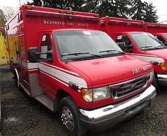 Redmond Fire 7021 (zargoman) Tags: ambulance aidcar emergency response ford truck northstar medic aid