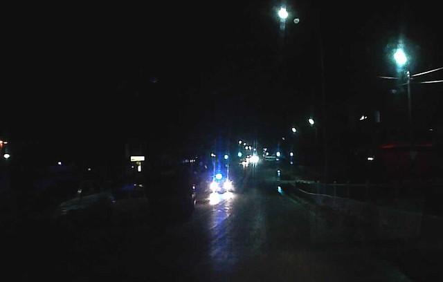Свидетели сняли навидео перевернувшийся намосту у«Сызрань-1» автомобиль такси