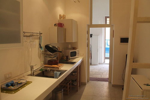 Trapani_Sicilia_occidentale_appartamento_La_Concoide_cucina_vacanze_turismo_affitto