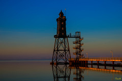 Lighthouse | Dorum II (Onascht) Tags: lighthouse nikon sunset kste wasser wolkenlos nordsee sea blue heaven water cuxland meer onascht northsea anderestichwrter leuchtturm photoart digitalart dorum himmel d610