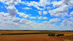 Nuvols de Castella (bertanuri bcn) Tags: españa cloud clouds cloudy explore nubes temps castillo nube nuvol tiempo castilla nwn espanya explored casasimarro bertanuri bertanuribcn
